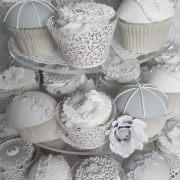Elegant Cupcakes, Tea Party Cupcakes, Cupcakes in Brisbane, Wedding Cupcakes, Engagement Cupcakes, Cakes Brisbane Gold Coast