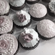 Cup Cakes with Roses, Cupcakes Vintage Style, Cupcakes with Roses, Pink Cupcakes, Cupcakes Girl, Cupcakes For Female
